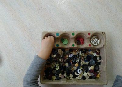 Sortiranje gumbov